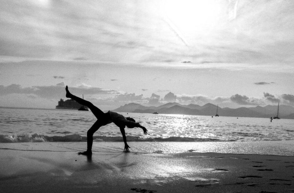 Как научиться движениям типа волна
