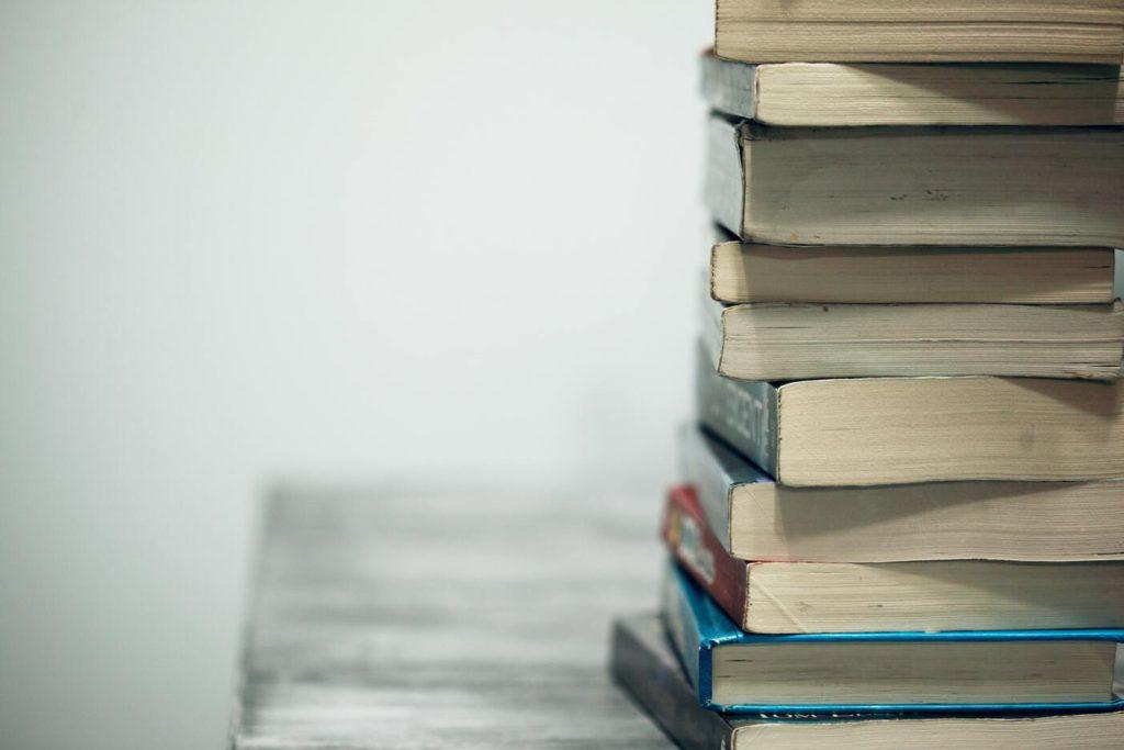 Как выбрать учебники