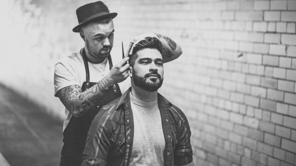 Как научиться стричь волосы ножницами
