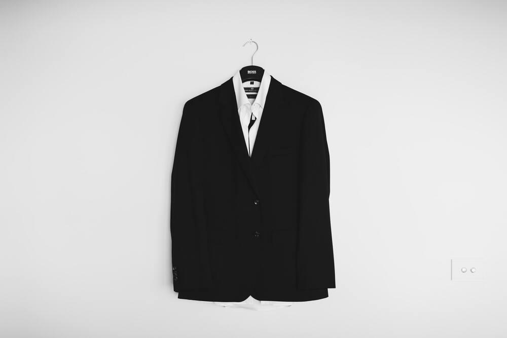 Как научиться гладить пиджак