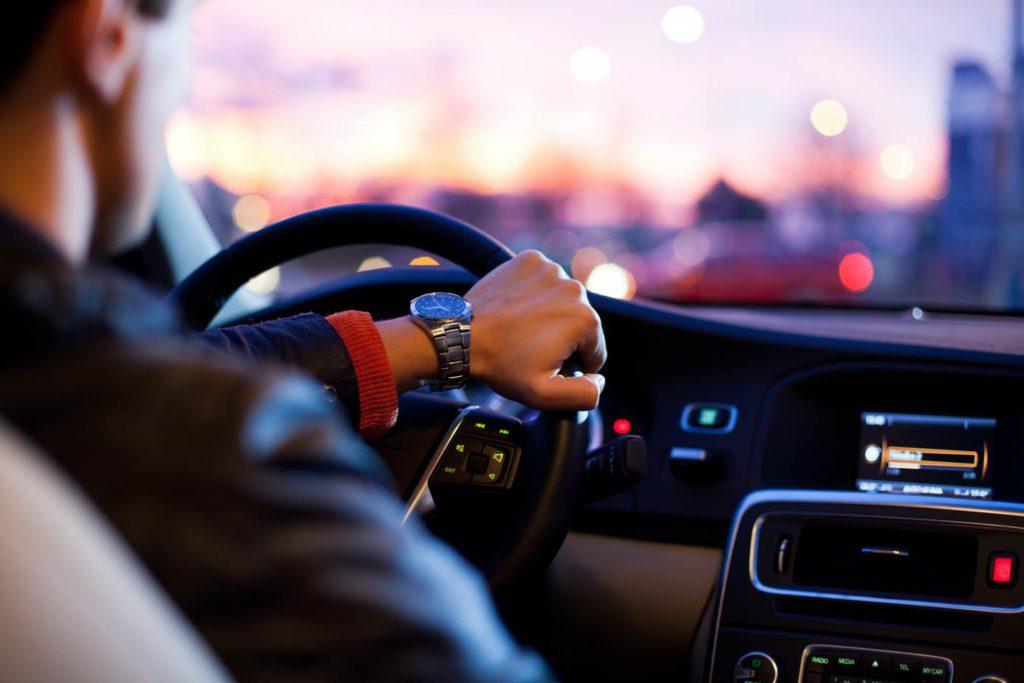 Как научиться водить машину автомат
