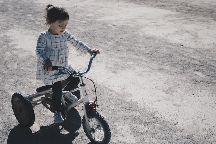 Как научиться кататься на велосипеде
