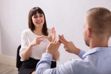 Как научиться языку жестов
